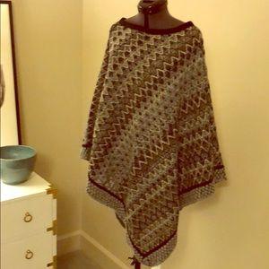 Missoni poncho wrap Traditional pattern gray